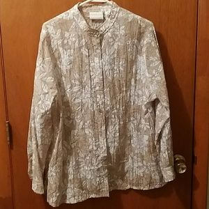 Alfred Dunner beige & white floral button down, 16
